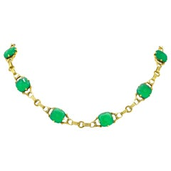 Art Deco 1930s Carved Green Onyx Intaglio 14 Karat Gold Floral Link Necklace