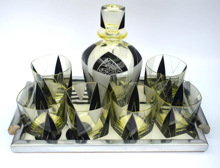 Art Deco 1930s Czech Geometric Glass Decanter Set In Excellent Condition For Sale In Devon, England