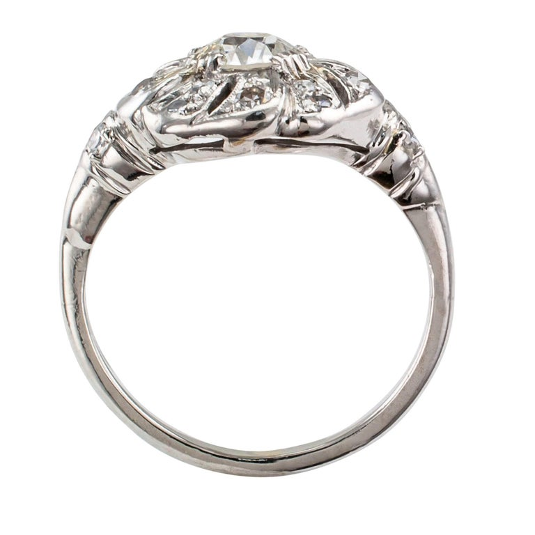 Art Deco 1930s Diamond Platinum Engagement Ring For Sale 1