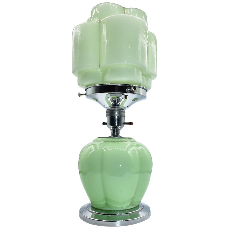 Art Deco 1930s Green Glass Table Lamp For Sale