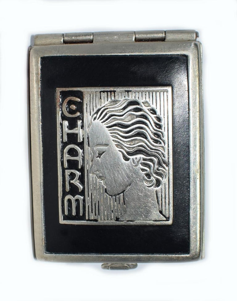 Art Deco 1930s Ladies Rouge Compact 'Charm' For Sale 4