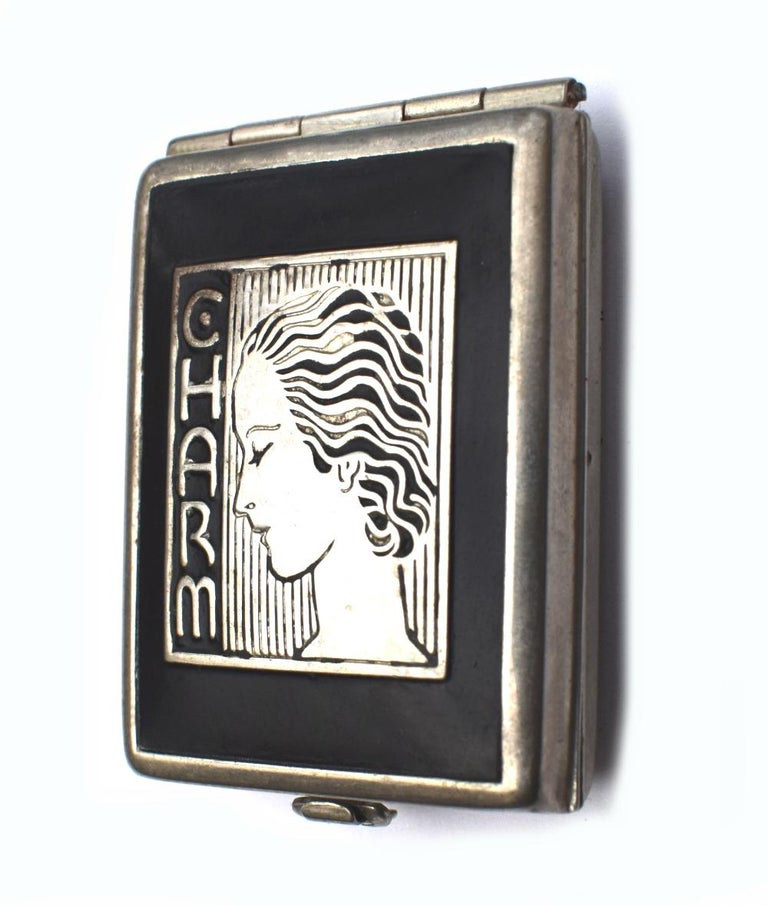 Art Deco 1930s Ladies Rouge Compact 'Charm' For Sale 5