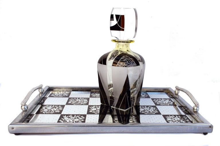 Art Deco 1930s Mirrored Barware Drinks Tray For Sale 1