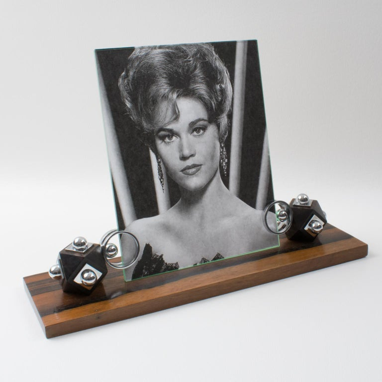 Stunning Art Deco modernist picture photo frame, featuring thick hand-rubbed Macassar wood plinth compliment with unusual cubic Macassar wood holders ornate with chrome accents. The frame is complete with its two glass sheets to enclose the