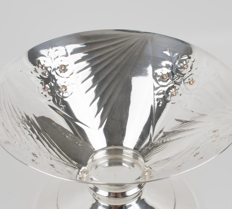 Art Deco 1930s Silver Plate and Etched Glass Centerpiece Bowl For Sale 3