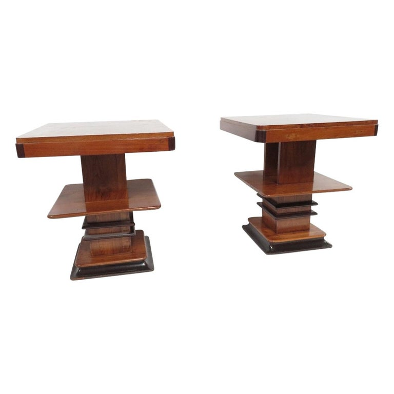 Art Deco 1930s Walnut and Lacquered Graduated Three-Tier Side Table For Sale