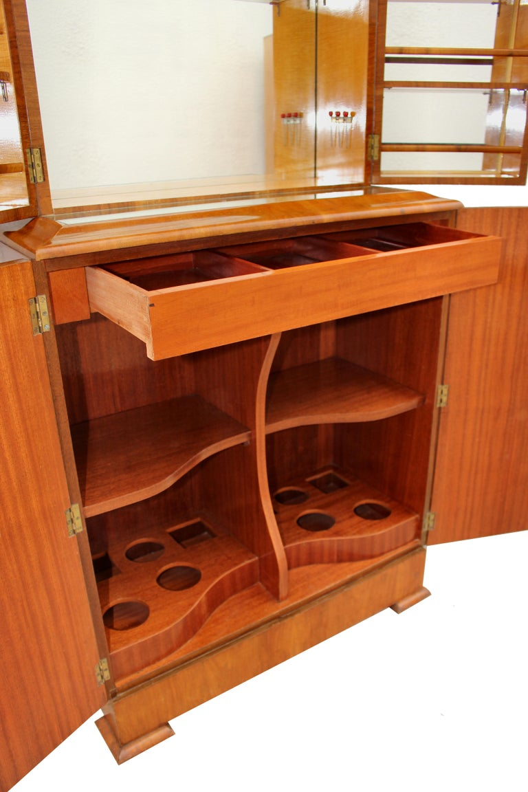 Glass Art Deco 1930s Walnut Fronted Cocktail Drinks Cabinet For Sale