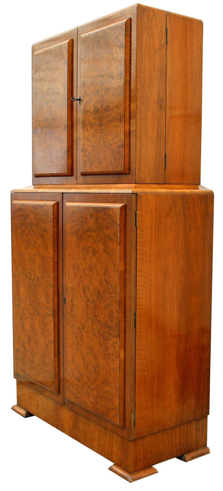 Art Deco 1930s Walnut Fronted Cocktail Drinks Cabinet For Sale 2