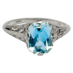 Art Deco 2.1 Carat Pastel Blue Aquamarine in 14 Karat White Gold Filigree Ring