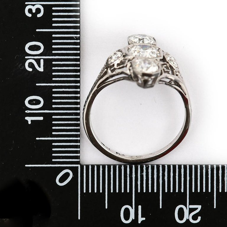 Art Deco 2.10 Carat OEC Diamond and Platinum Three-Stone Ring, circa 1925 For Sale 9