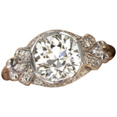 Art Deco 2.20 Carat Engagement Solitaire Ring VS1 Clarity