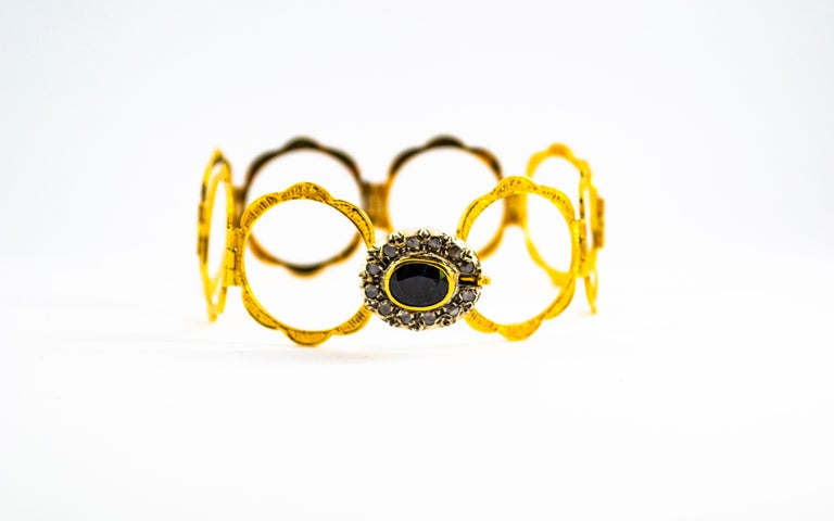 Art Deco Style 2.25 Carat White Diamond Blue Sapphire Yellow Gold Bracelet Ring In New Condition For Sale In Naples, IT