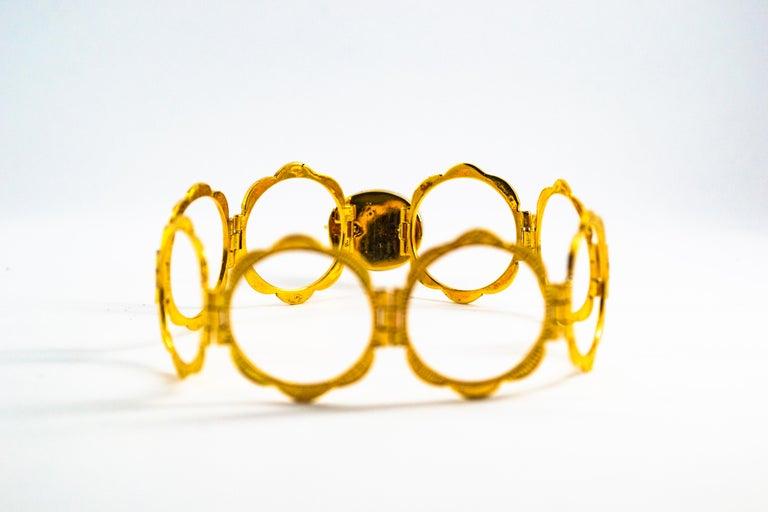 Art Deco Style 2.25 Carat White Diamond Blue Sapphire Yellow Gold Bracelet Ring For Sale 1