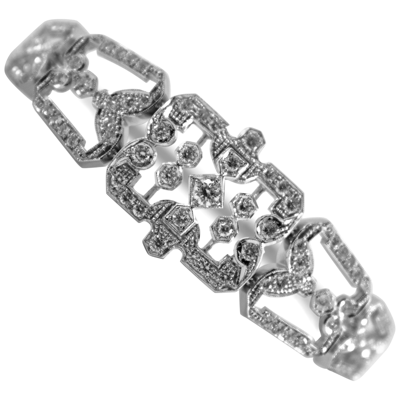 Art Deco Style 2.40 Carat White Modern Round Cut Diamond White Gold Bracelet