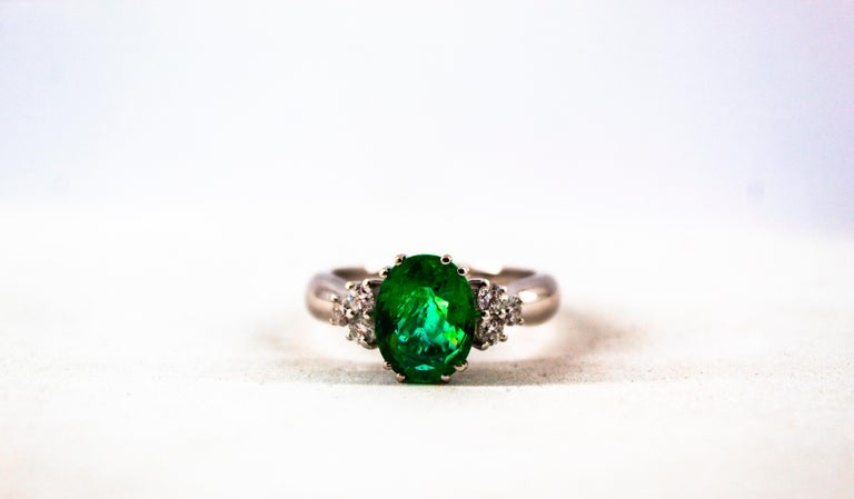 Art Deco Style 2.43 Carat Emerald 0.35 Carat Diamond White Gold Cocktail Ring For Sale 10