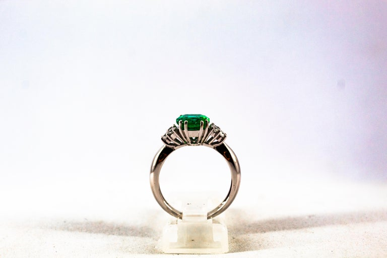 Art Deco Style 2.43 Carat Emerald 0.35 Carat Diamond White Gold Cocktail Ring For Sale 3