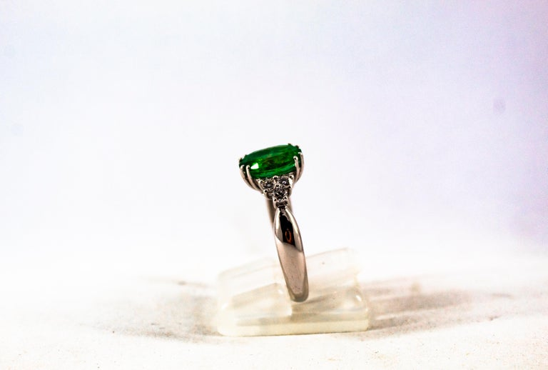 Art Deco Style 2.43 Carat Emerald 0.35 Carat Diamond White Gold Cocktail Ring For Sale 4