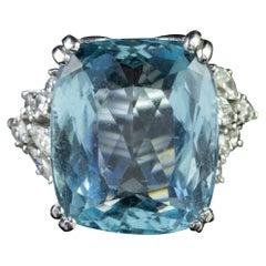 Art Deco 25 Carat Aquamarine Diamond Cocktail Ring Platinum, circa 1920