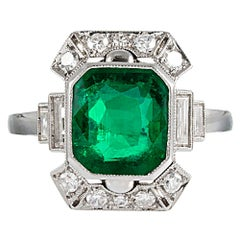 Art Deco 2.50 Carat Emerald and Diamond Ring
