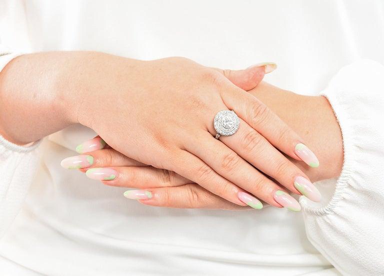 Art Deco 2.56 Carats Diamond Platinum-Topped 14 Karat Gold Cluster Ring GIA For Sale 8