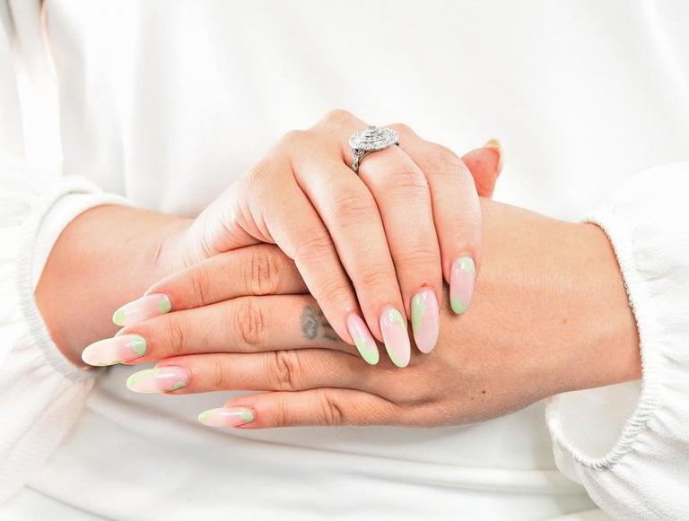 Art Deco 2.56 Carats Diamond Platinum-Topped 14 Karat Gold Cluster Ring GIA For Sale 10