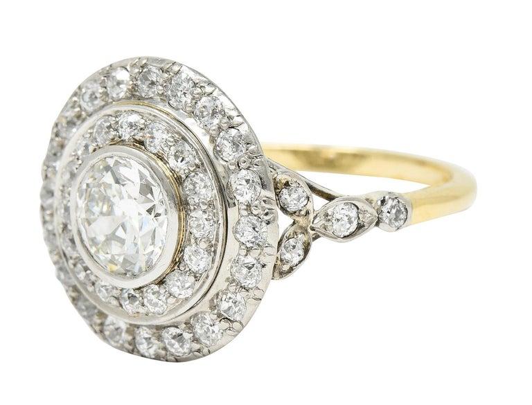Art Deco 2.56 Carats Diamond Platinum-Topped 14 Karat Gold Cluster Ring GIA For Sale 1