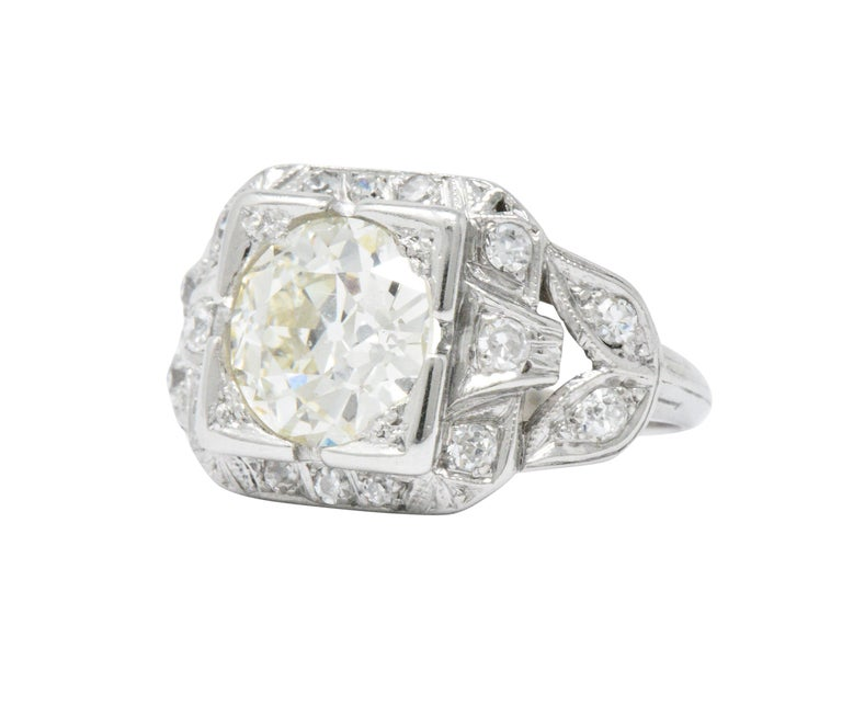Old European Cut Art Deco 2.69 Carats Diamond Platinum Cushion Foliate Engagement Ring GIA For Sale