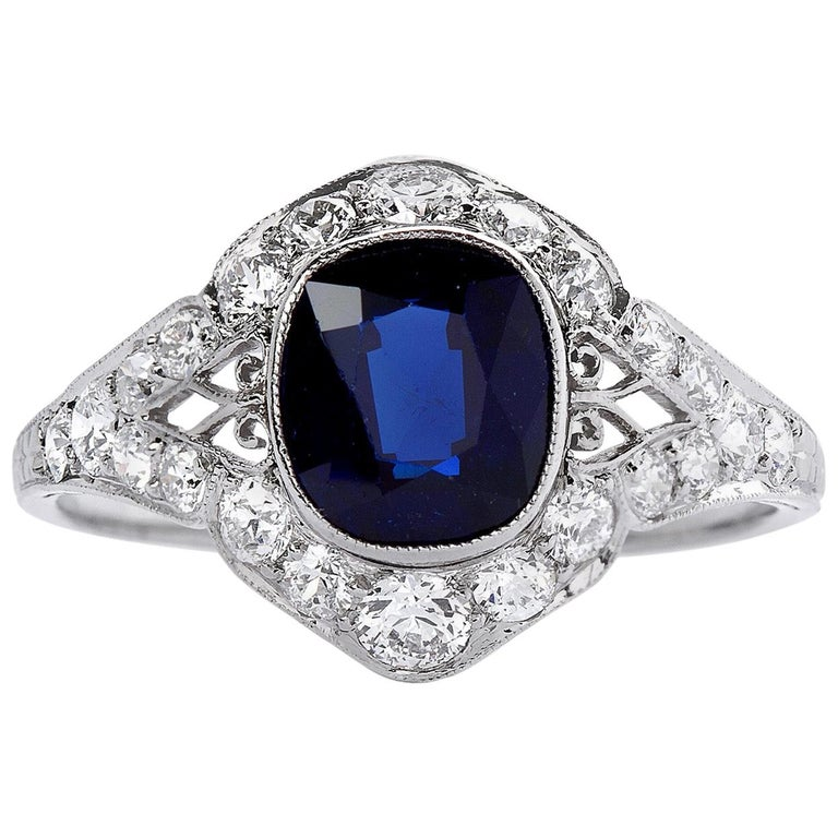 Art Deco 3 Carat No Heat Sapphire Ring For Sale