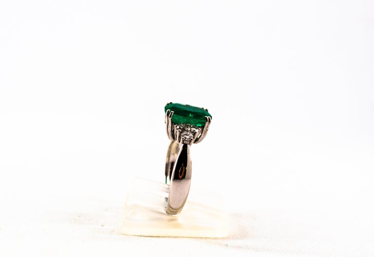 Art Deco Style 3.22 Carat Emerald 0.36 Carat Diamond White Gold Cocktail Ring For Sale 2