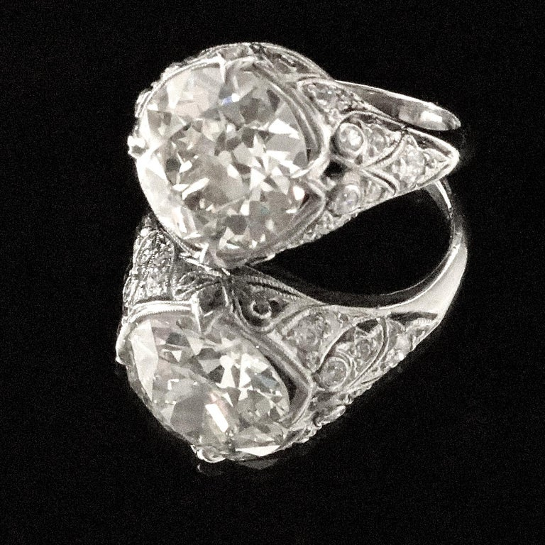 Art Deco 3.62 Carat Old European Cut Diamond Platinum Engagement Ring In Good Condition For Sale In Beverly Hills, CA
