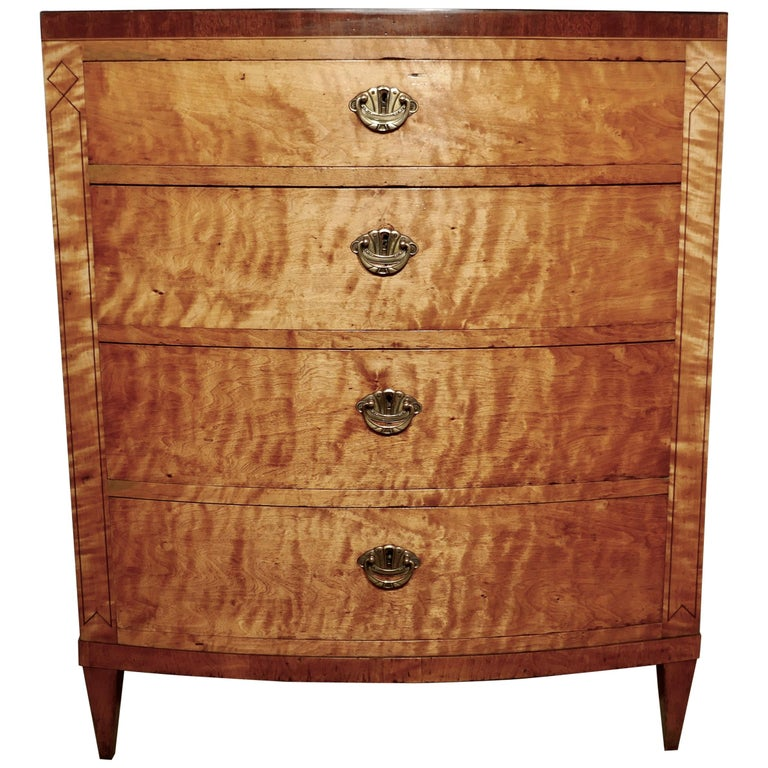 Art Deco 4 Drawer Bow Front Chest of Drawers in Bird's-Eye Maple For Sale