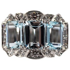 Art Deco 4.40 Carat Aquamarine 0.55 Carat White Diamond White Gold Cocktail Ring