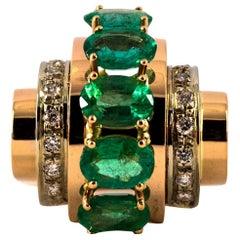 Art Deco 5.00 Carat Emerald 0.30 Carat White Diamond Yellow Gold Cocktail Ring