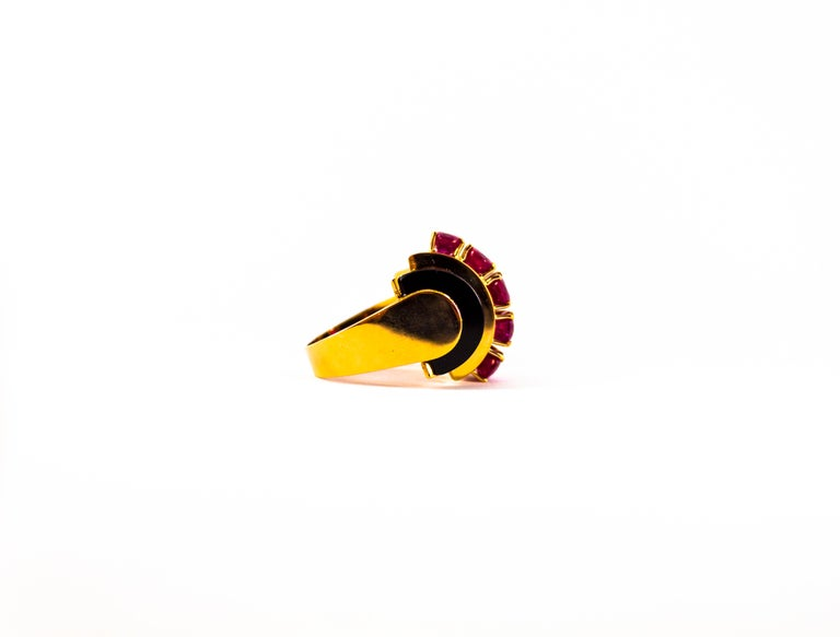Art Deco Style 5.10 Carat Ruby 0.15 Carat Diamond Onyx Yellow Gold Cocktail Ring For Sale 8