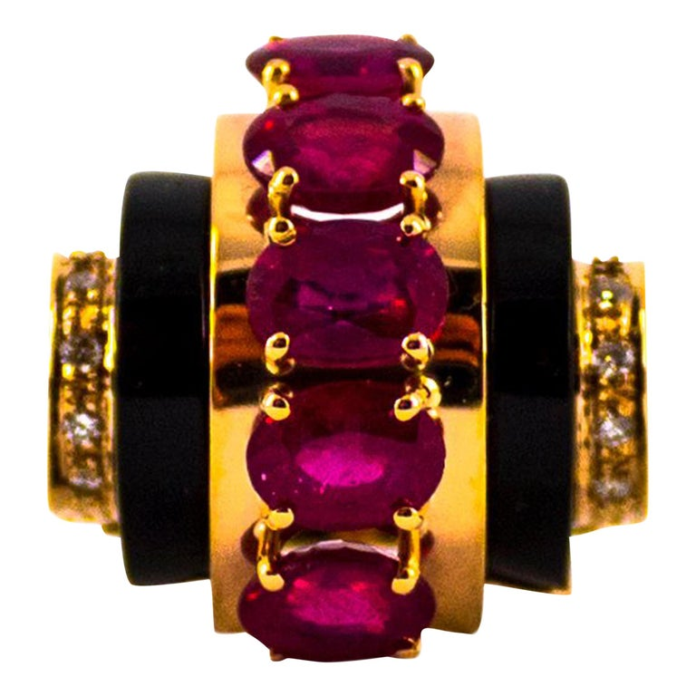 Art Deco Style 5.10 Carat Ruby 0.15 Carat Diamond Onyx Yellow Gold Cocktail Ring For Sale