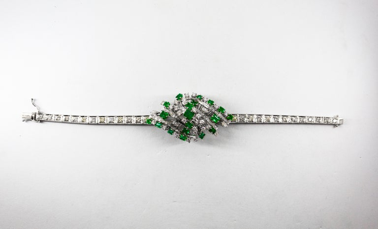 5.20 Carat White Diamond 3.60 Carat Emerald White Gold Bracelet For Sale 2