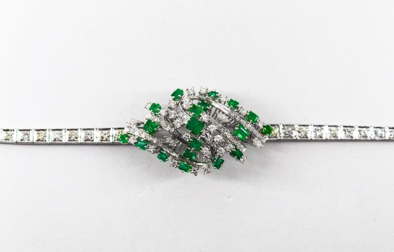 5.20 Carat White Diamond 3.60 Carat Emerald White Gold Bracelet For Sale 3
