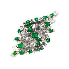 5.20 Carat White Diamond 3.60 Carat Emerald White Gold Bracelet