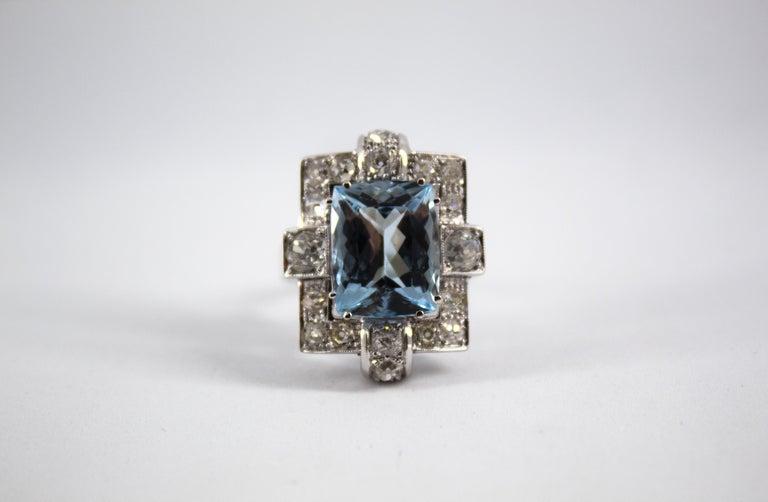 Art Deco 5.60 Carat Aquamarine 2.00 Carat White Diamond White Gold Cocktail Ring For Sale 6
