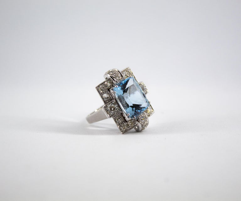 Art Deco 5.60 Carat Aquamarine 2.00 Carat White Diamond White Gold Cocktail Ring For Sale 13