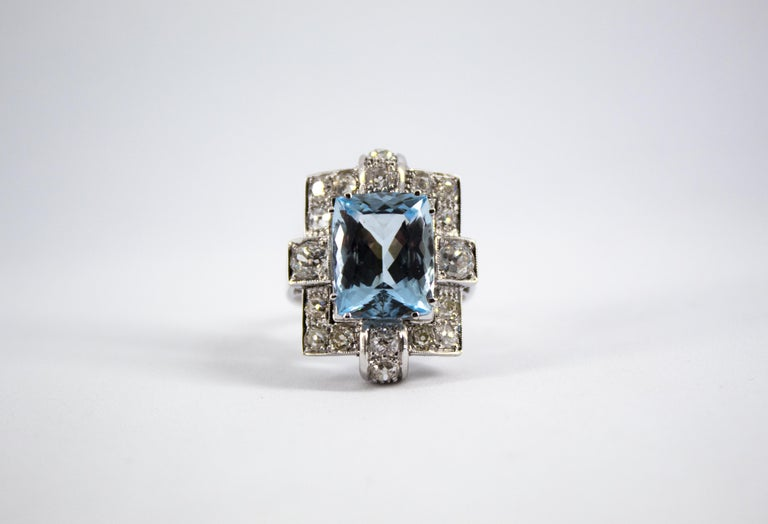This Ring is made of 18K White Gold. This Ring has 2.0 Carats of White Diamonds (Old Cut Diamond). This Ring has a 5.60 Carats Aquamarine. Size ITA: 17 USA: 8 We're a workshop so every piece is handmade, customizable and resizable.