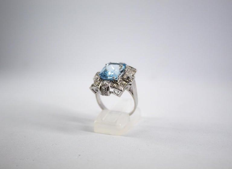 Art Deco 5.60 Carat Aquamarine 2.00 Carat White Diamond White Gold Cocktail Ring For Sale 1
