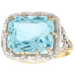 Art Deco 5.90 Carat Aquamarine Gold Ring