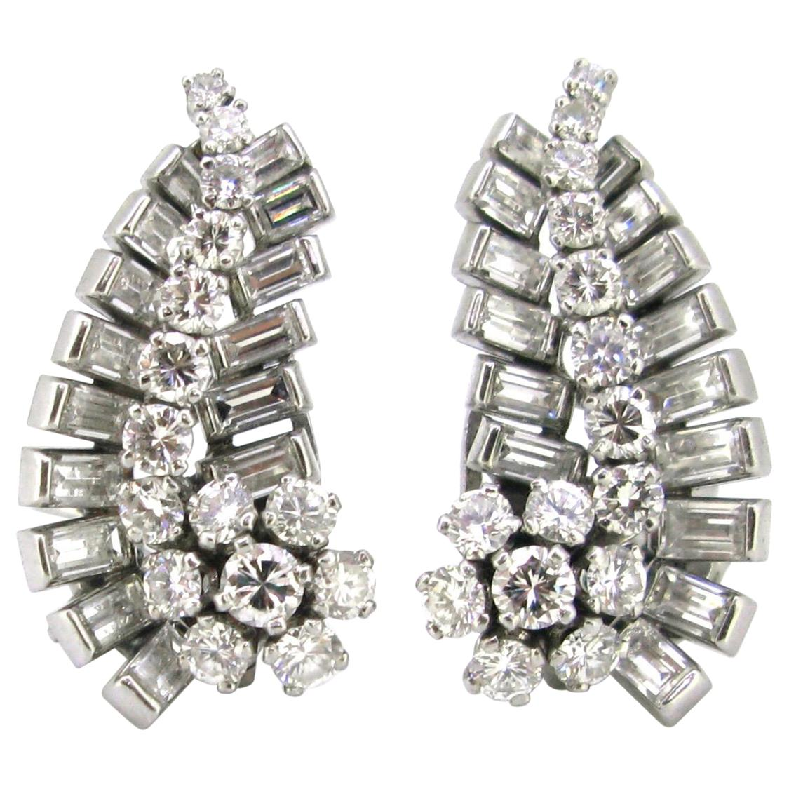 Art Deco 6 Carat Diamonds Earrings Clips, 18 Karat Gold and Platinum, France