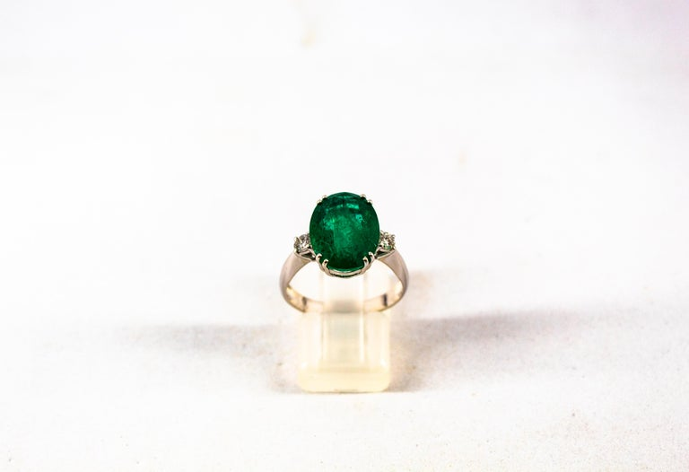 Art Deco Style 6.29 Carat Emerald 0.20 Carat Diamond White Gold Cocktail Ring In New Condition For Sale In Naples, IT