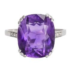 Art Deco 6.75 Carat Siberian Amethyst Solitaire Platinum Ring