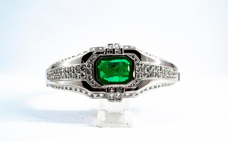 Art Deco Style 7.10 Carat Emerald 7.40 Carat White Diamond Gold Clamper Bracelet For Sale 9