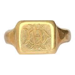 Art Deco 9 Carat Gold Signet Ring