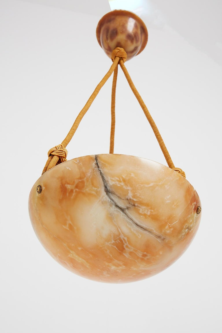 Art Deco Alabaster Pendant Light In Good Condition For Sale In London, GB