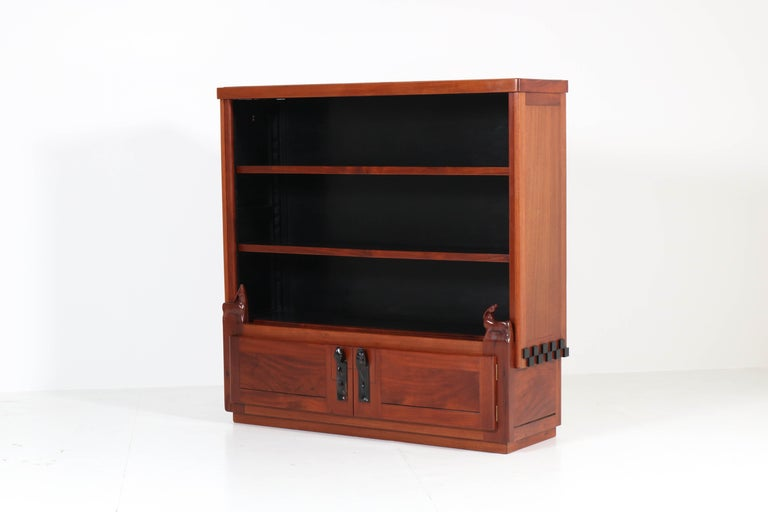Art Deco Amsterdam School Mahogany Bookcase by Willem Raedecker, 1920s For Sale 3